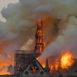 Incendio della cattedrale di Notre Dame, la Waterloo dell'idea di nazione