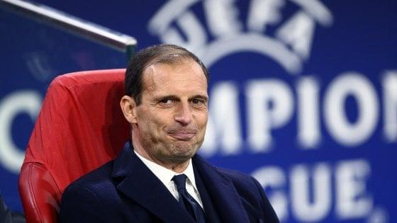 Champions, con l'Ajax Allegri schiera De Sciglio. Dybala al posto di Mandzukic