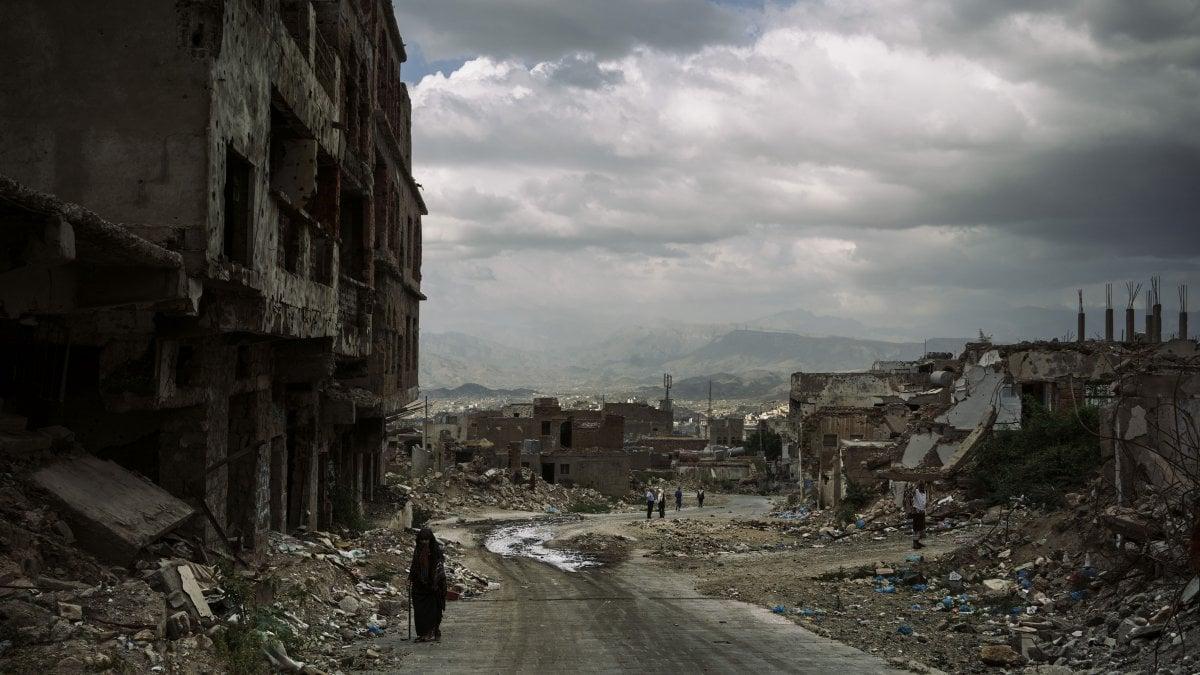 """Tugnoli, il Pulitzer italiano: """"Nelle mie foto cerco la poesia, anche nelle tragedie"""""""
