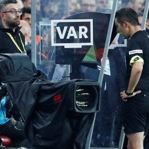 Serie B, arriva il Var; Balata: ''Lo useremo nei playoff e playout''