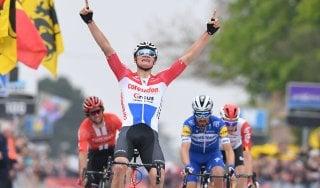 Ciclismo, Freccia del Brabante: Van der Poel batte Alaphilippe, sesto Bettiol