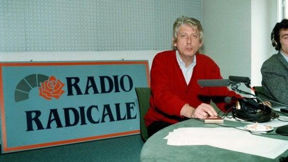Radio Radicale, staffetta di firme per la rassegna di Bordin. Salvini pro emittente: