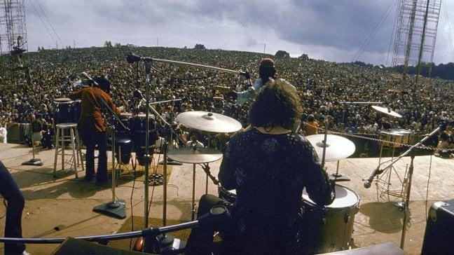 """Carlos Santana: """"Grazie a mia moglie torno a Woodstock per cantare gli invisibili"""""""