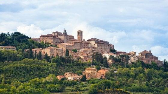 Vini eleganti, grandi sapori e passeggiate: Montepulciano secondo Francesco Bianconi