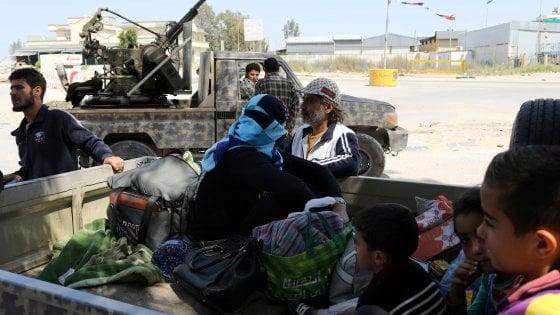 """Libia, il governo di Tripoli rompe le relazioni con la Francia: """"Sostiene Haftar"""""""