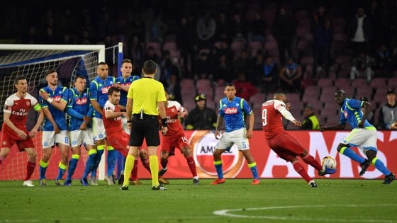 Europa League, Napoli-Arsenal 0-1: Lacazette spegne i sogni di rimonta degli azzurri