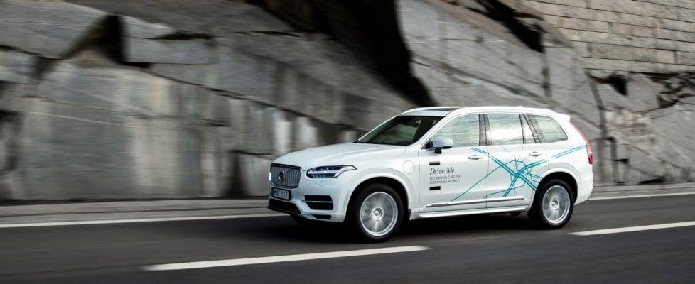 Auto a guida autonoma, Uber spinge forte sul programma