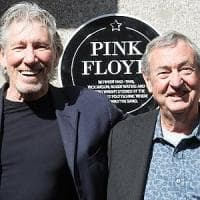 Roger Waters sul palco con Nick