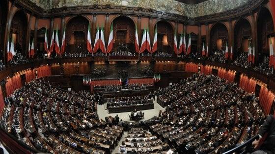 Parlamento, il lungo ponte tra le festività. E il Senato batte la Camera