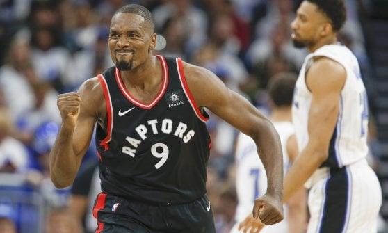 Basket, playoff Nba: Boston vola sul 3-0, Oklahoma accorcia su Portland