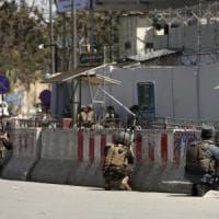 """Afghanistan, attacco al ministero dell'Informazione. """"Uccisi tutti i terroristi"""""""