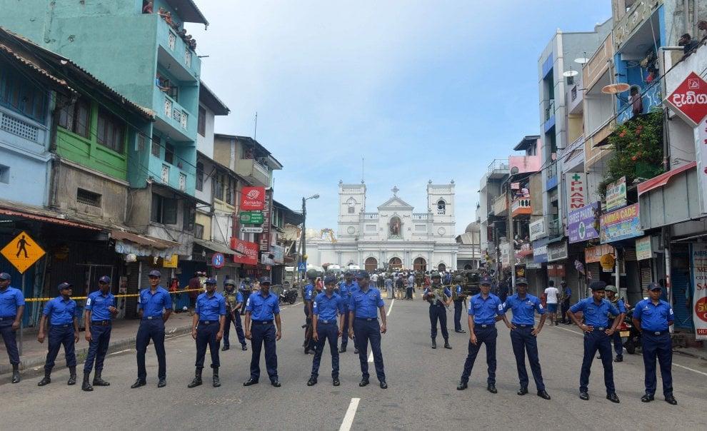 Sri Lanka, Pasqua di sangue: otto esplosioni provocano oltre 130 morti e 400 feriti
