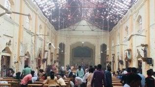 Linterno della chiesa dopo lattentato