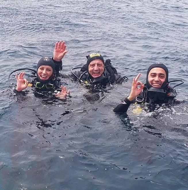 M5S, per Luigi Di Maio vacanza da sub in Sardegna con la fidanzata Virginia Saba