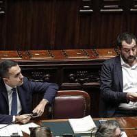 """Governo, tregua pasquale tra i vicepremier. Ma M5S in pressing sulle inchieste: """"La Lega..."""