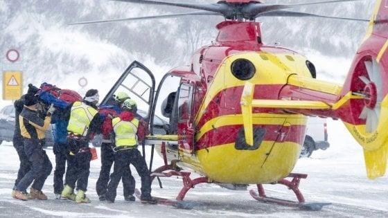 Monte Pasubio, escursionista muore travolto da una slavina. Valanga investe anche i soccorritori