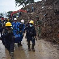 Colombia, 17 morti per una valanga su un villaggio