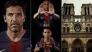 L'omaggio di Gigi Buffon e del PSG ai vigili del fuoco di Parigi
