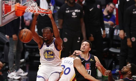 Basket, playoff Nba: Boston in semifinale, Golden State batte i Clippers