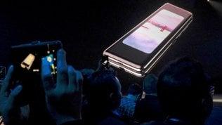 Foldgate, Samsung rinvia il lancio del suo smartphone pieghevole