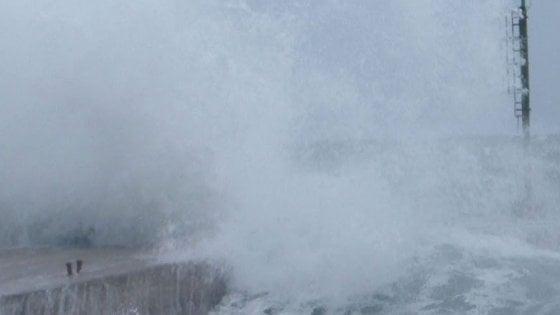 Meteo, tragedia maltempo: turista francese muore in Sardegna