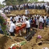 Sri Lanka, l'Isis rivendica gli attentati: 321 vittime, governo sotto accusa per le falle...