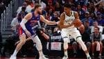 Milwaukee spazza via Detroit e vola in semifinale, Jazz vivi