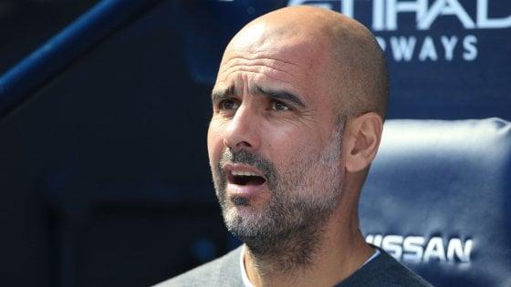 """Manchester, il derby che vale una stagione. Guardiola: """"Quattro vittorie per restare campioni"""""""