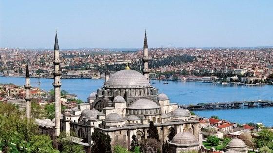 I colori della primavera di Istanbul