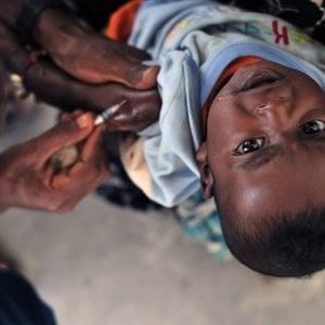 Malaria, via alla prima campagna di vaccinazione in Africa