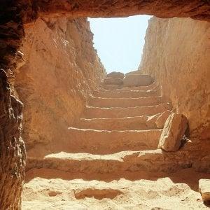 Scoperta in Egitto una necropoli con 35 mummie