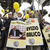 Salviamo Radio Radicale e la sua informazione democratica: l'appello di Repubblica al...