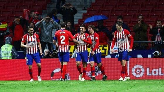 Spagna, l'Atletico Madrid vince e rimanda la festa del Barcellona