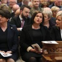 Irlanda del Nord, ai funerali della giornalista Lyra McKee politici di ogni parte