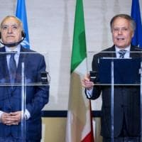 """Libia, Moavero vede Salamè e scrive alla Ue """"Preparatevi a una nuova crisi migranti"""""""