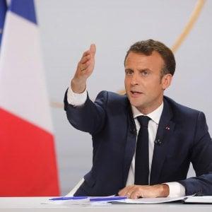 """Macron promette di tagliare le tasse: """"Taglieremo gli enti inutili ma i francesi lavorino di più"""""""