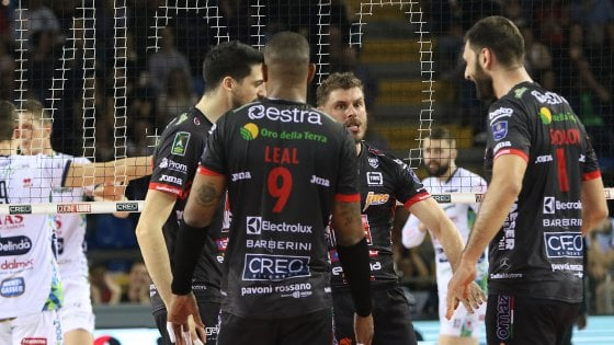 Volley, Superlega: Civitanova in finale, Modena trascina Perugia alla 'bella'