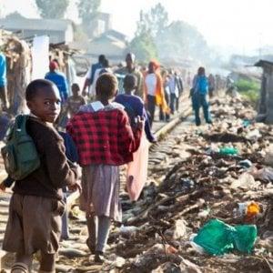 Africa, metà della popolazione urbana dell'area sub-sahariana vive nelle baraccopoli