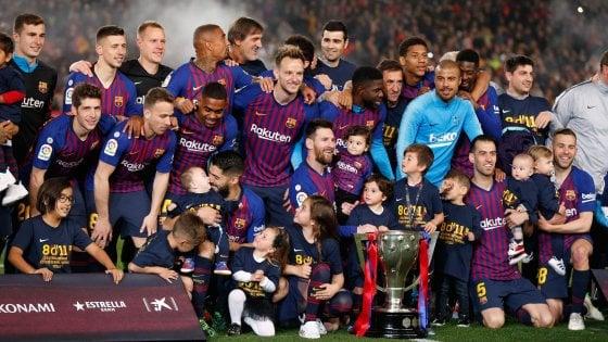 Spagna, il Barcellona fa festa nel segno di Messi: c'è il titolo numero 26