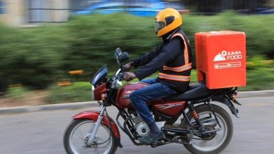 """Rider, Di Maio annuncia la legge: """"Norma pronta, puntiamo a inserirla nel decreto crescita"""""""