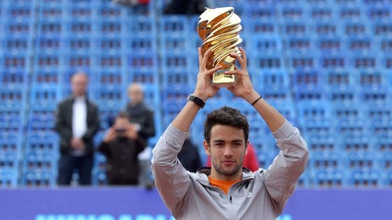 Tennis, Berrettini trionfa a Budapest: battuto in finale Krajinovic