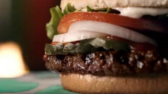 Usa, arriva l'Impossible burger: la carne sintetica si mangerà nei fast food