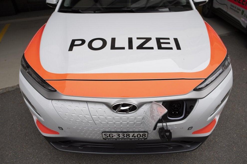 E la polizia svizzera viaggia in elettrico