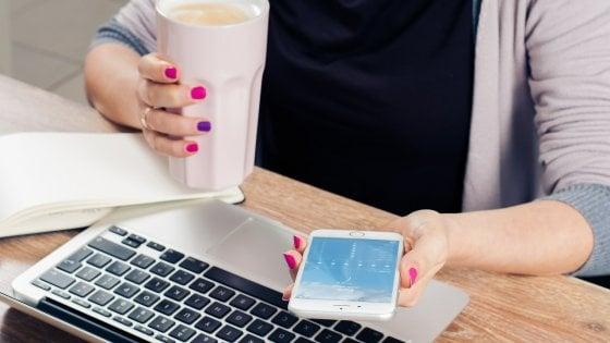 Smartphone, la noia scatena l'uso compulsivo