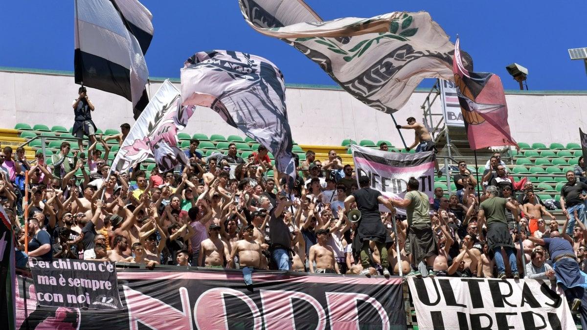 Serie B, nove club chiedono esclusione immediata del Palermo