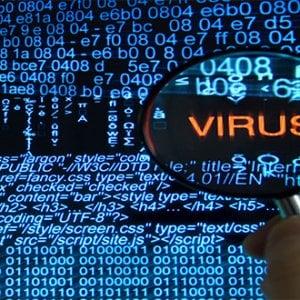 """Il Garante mette al bando le app-spia """"Rischiamo la sorveglianza di massa"""""""