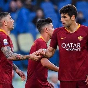 """Roma, dalla Francia sicuri: """"Contatti con Mourinho"""". E Fazio carica: """"4 finali"""""""