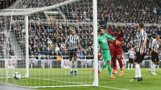 Inghilterra, batticuore Liverpool: 2-3 a Newcastle, ma Salah si fa male