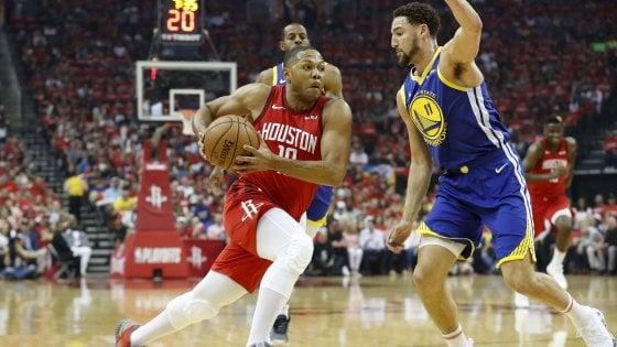 Basket Nba, semifinali playoff: Houston rialza la testa, Golden State ko