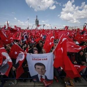 Turchia, il partito di Erdogan vince il ricorso: Istanbul di nuovo al voto il 23 giugno